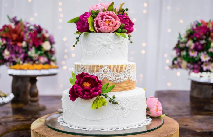 Wedding cake and candies