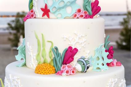 Cake design marine sea corals and fish style