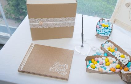 wedding table of the newlyweds