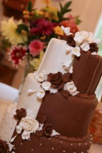 Dual chocolate cake