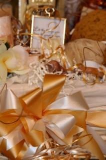 Gold theme bridal shower table