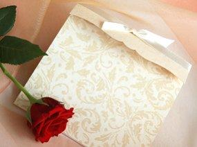 Classic invitation with ribbon accent