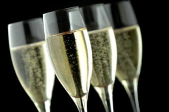 8 Classic French Champagne Brands