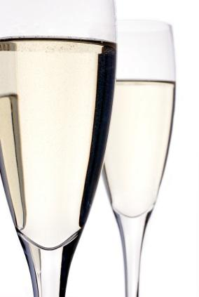 Pros and Cons of Small Bottles of Champagne