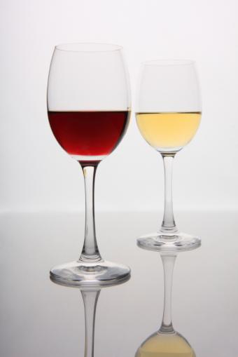 10 Health Benefits of Drinking Wine