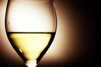 Basic Wine Information and Serving Tips