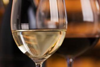 https://cf.ltkcdn.net/wine/images/slide/112384-505x339-Acidity-Slide.jpg