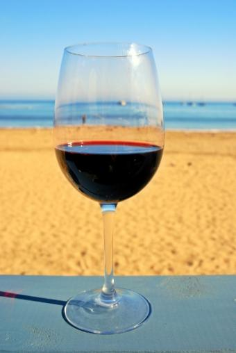 Photos and Info for 9 Types of Fruity Red Wine