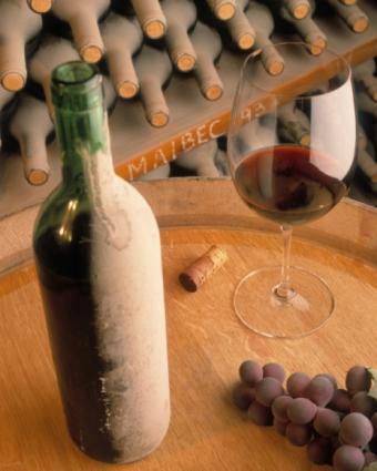 https://cf.ltkcdn.net/wine/images/slide/112413-465x581-Malbec-0623.jpg