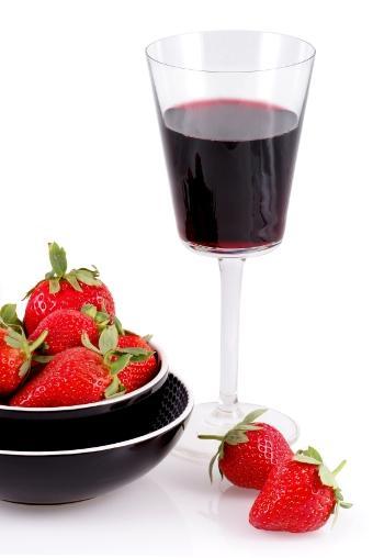 https://cf.ltkcdn.net/wine/images/slide/112415-340x508-Dolcetto-0623.jpg