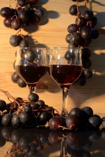 https://cf.ltkcdn.net/wine/images/slide/112416-368x551-Lambrusco-0623.jpg