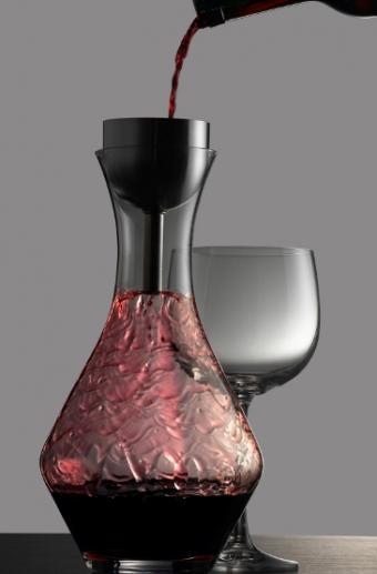 https://cf.ltkcdn.net/wine/images/slide/112427-365x555-Decant-Wine-Slide.jpg