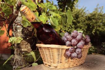 8 Italian Wine Gift Basket Ideas