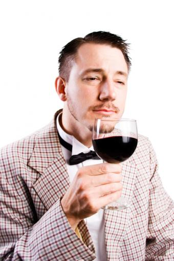 https://cf.ltkcdn.net/wine/images/slide/131381-566x848r1-Amarone.jpg