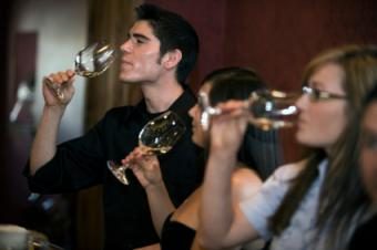 Info to Record on a Wine Tasting Scorecard