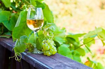 24 Recommendations for Best Dry White Wines