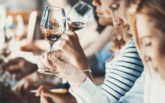 10 Tips for Holding Your Own Wine Tasting