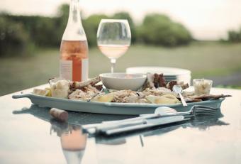 Seafood platter and blush wine