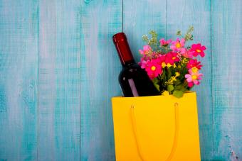 17 Best Gift Wine Suggestions