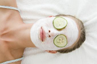 facial mask with white wine and clay