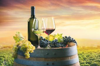 Comparing Differences in Red and White Wines