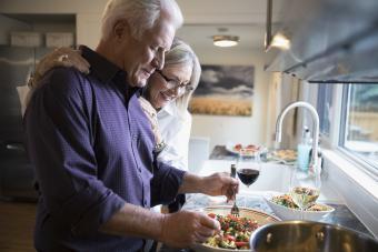 https://cf.ltkcdn.net/wine/images/slide/250459-850x567-cooking-pasta.jpg