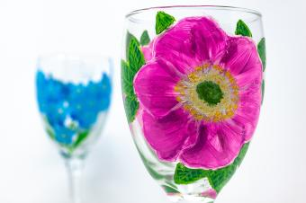 10 Places to Find Decorative Wine Glasses