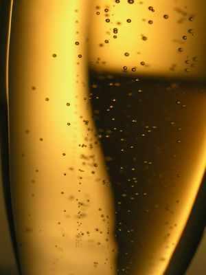 Cristal_Champagne.jpg