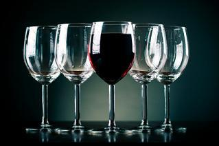 4 Sources For Cheap But Nice Wine Glasses
