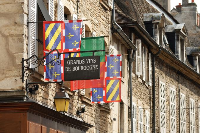 Grand vins de Bourgogne sign