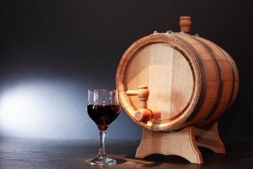 wine dispensing barrel