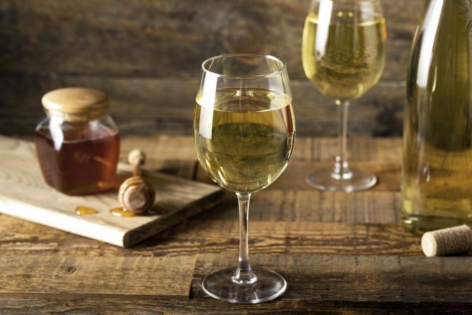 Sweet Yellow Honey Wine Meade