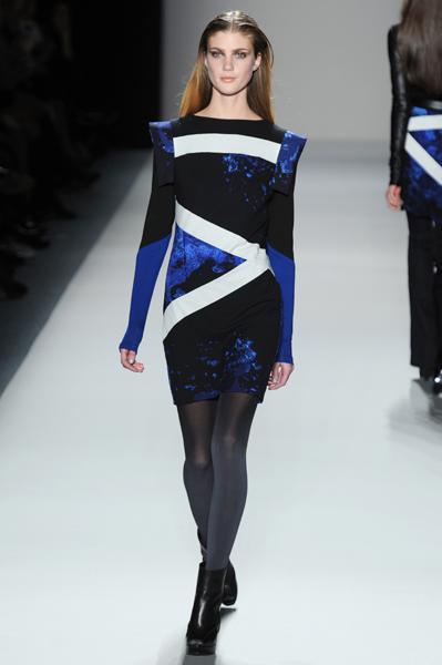 https://cf.ltkcdn.net/womens-fashion/images/slide/144369-399x600r1-Longsleeve8.jpg