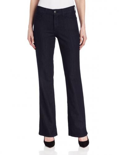 https://cf.ltkcdn.net/womens-fashion/images/slide/174727-384x500-boot-cut-jeans.jpg