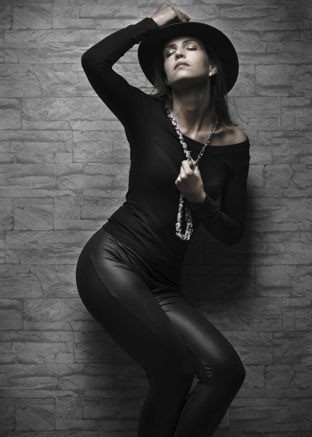 https://cf.ltkcdn.net/womens-fashion/images/slide/197906-607x850-leggings01_80scrop.jpg