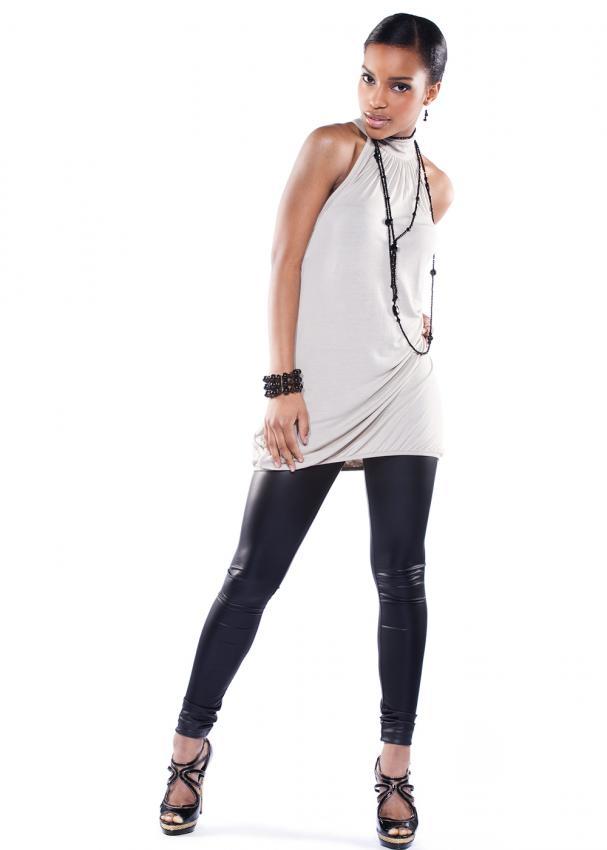 https://cf.ltkcdn.net/womens-fashion/images/slide/197911-607x850-leggings02_loosecrop.jpg