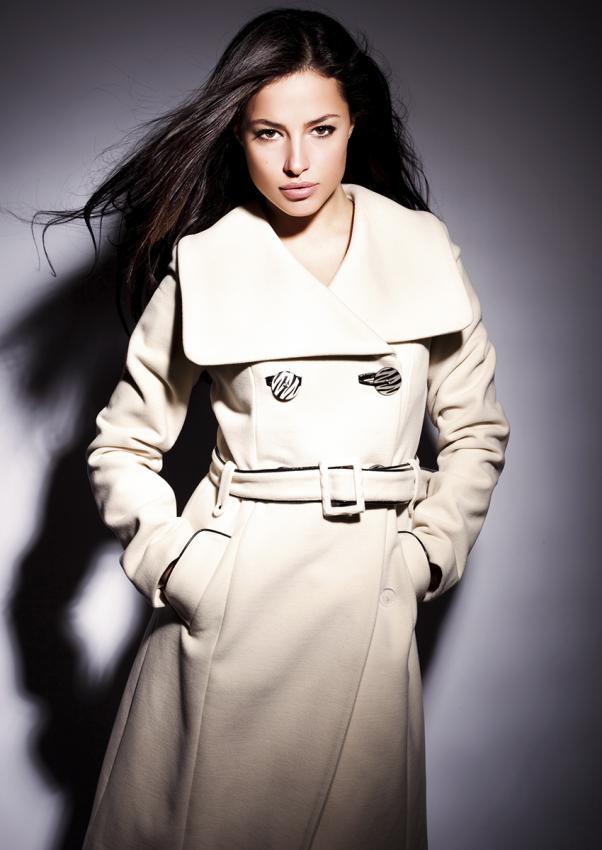 https://cf.ltkcdn.net/womens-fashion/images/slide/198851-602x850-coats1_primarycrop.jpg
