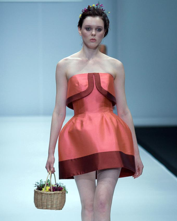 https://cf.ltkcdn.net/womens-fashion/images/slide/199617-680x850-spring2_sweetcrop.jpg