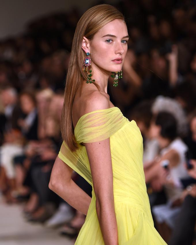 https://cf.ltkcdn.net/womens-fashion/images/slide/199618-680x850-spring3_greenscrop.jpg