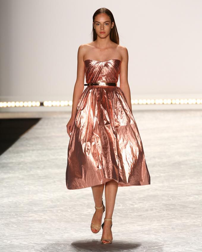 https://cf.ltkcdn.net/womens-fashion/images/slide/199620-680x850-spring5_80scrop.jpg