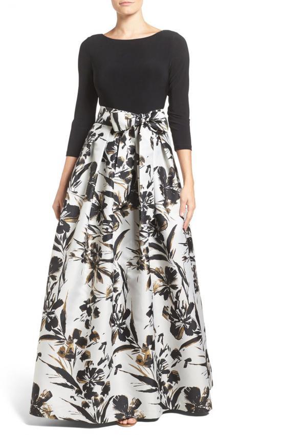 https://cf.ltkcdn.net/womens-fashion/images/slide/202722-555x850-Eliza-J-Jersey-and-Metallic-Faille-Ballgown.jpg