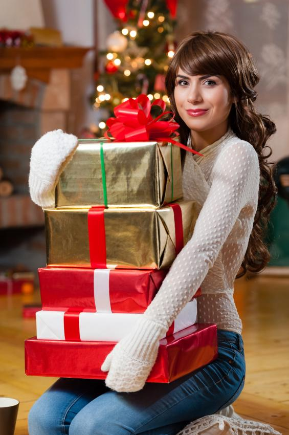 https://cf.ltkcdn.net/womens-fashion/images/slide/205817-565x850-Gifts-for-everybody.jpg