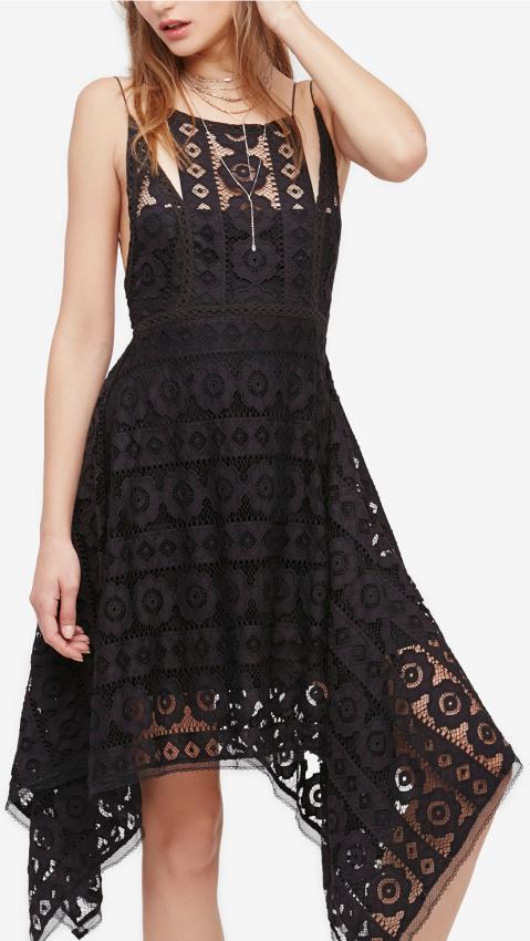 https://cf.ltkcdn.net/womens-fashion/images/slide/216362-479x850-macyslacedress.jpeg
