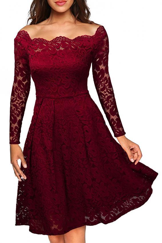 https://cf.ltkcdn.net/womens-fashion/images/slide/217141-567x850-redlacedress.jpg