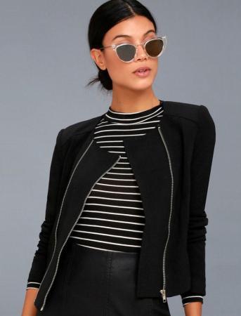 https://cf.ltkcdn.net/womens-fashion/images/slide/221144-343x450-commander-in-chic-black-jacket.jpg