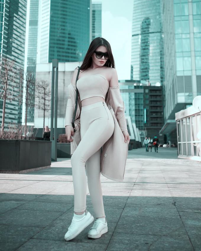 https://cf.ltkcdn.net/womens-fashion/images/slide/226283-680x850-nudeleggings.jpeg