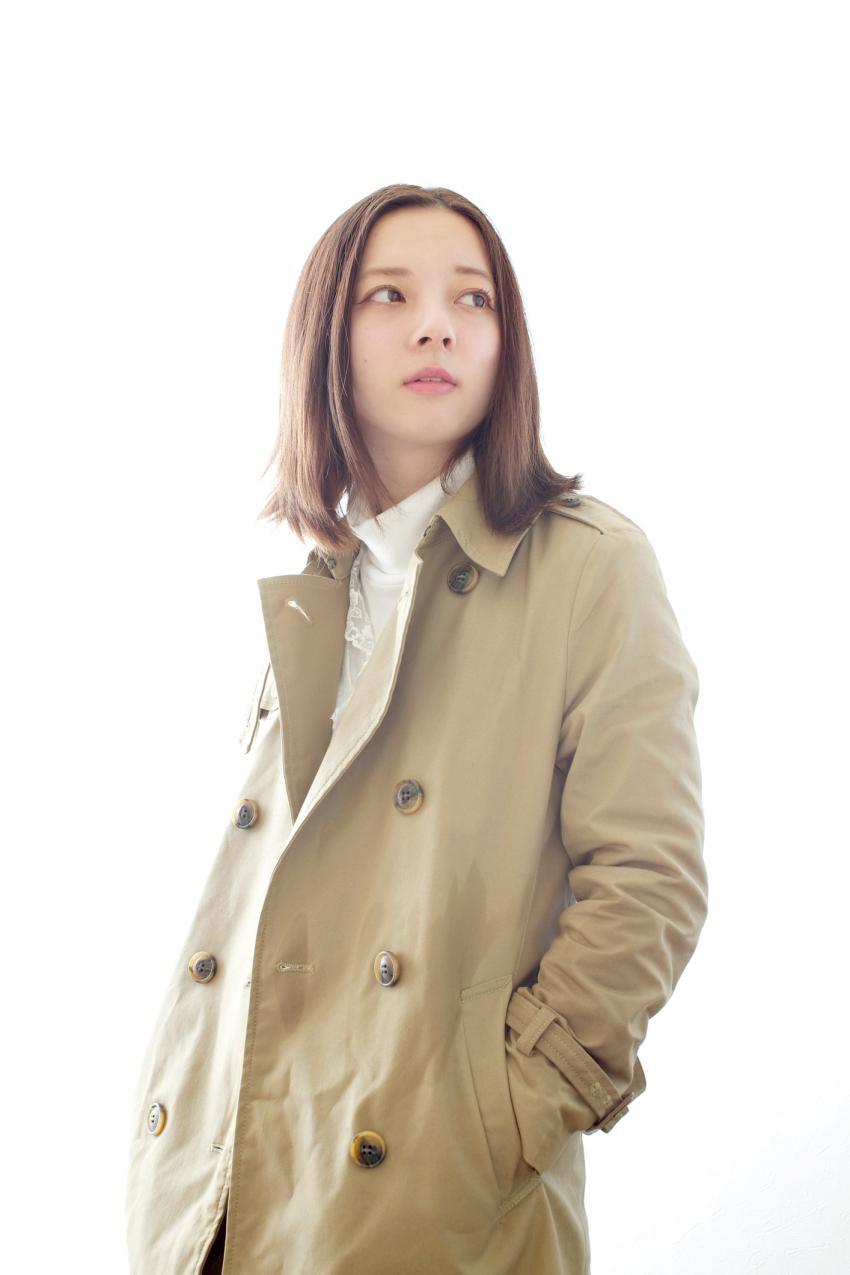 https://cf.ltkcdn.net/womens-fashion/images/slide/231144-850x1275-military_chic.jpg