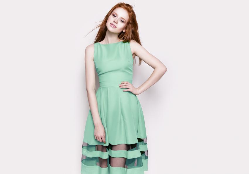 https://cf.ltkcdn.net/womens-fashion/images/slide/258434-850x595-8_Seafoam_green_dress.jpg