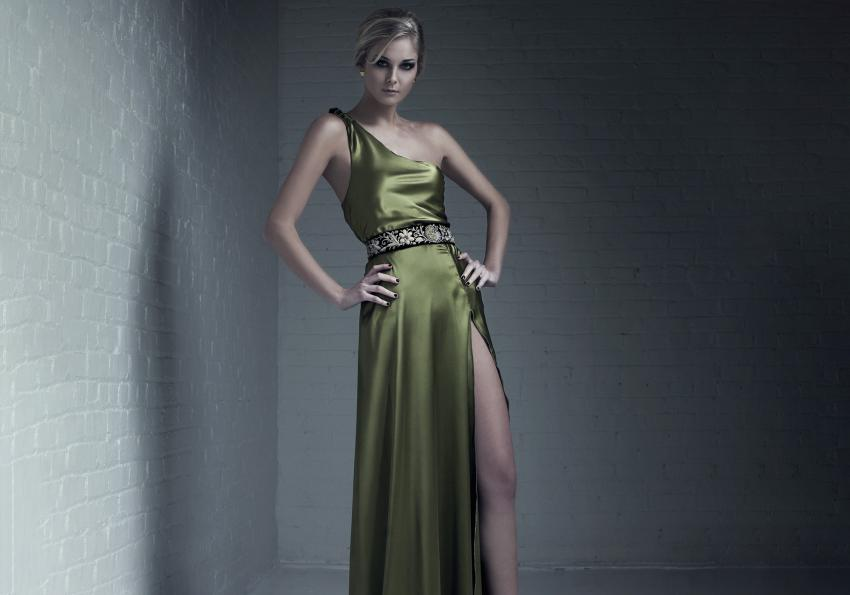 https://cf.ltkcdn.net/womens-fashion/images/slide/258444-850x595-18_olive_green_satin_dress.jpg
