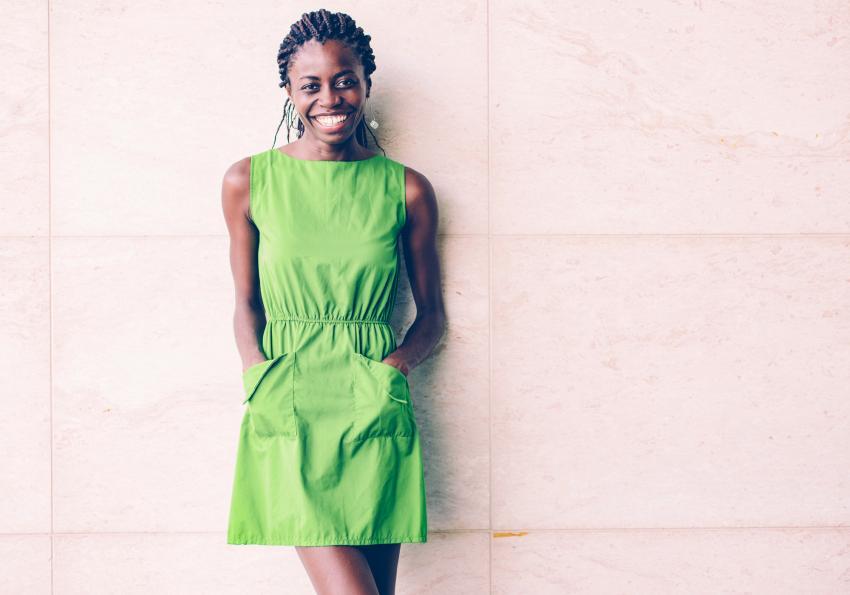 https://cf.ltkcdn.net/womens-fashion/images/slide/258505-850x595-19_Casual_Green_Dress.jpg